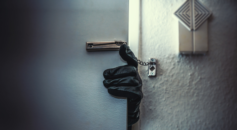 24 Hour Locksmith Services Find Out What To Do If You Are Burgled What To Do If You Are Burgled  Lockfit home security Emergency Locksmiths Burglery