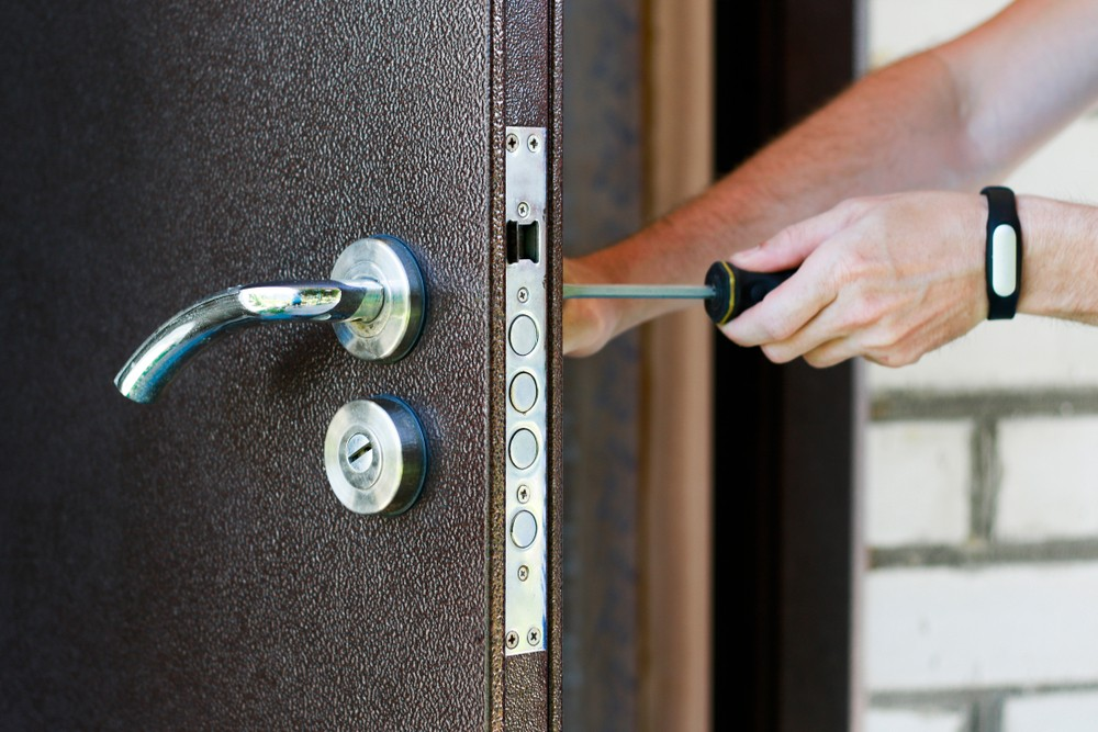 24 Hour Locksmith Services Got Yourself Locked Out Of Your House? Here's What You Can Do Locked Out Of Your House  UPVC Door Locks Locksmiths Locked Out Of Your House home security Hire a Locksmith Emergency Locksmiths